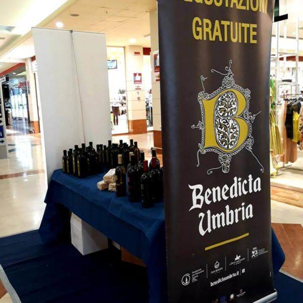 Stand Benedicta a Piazza Umbra